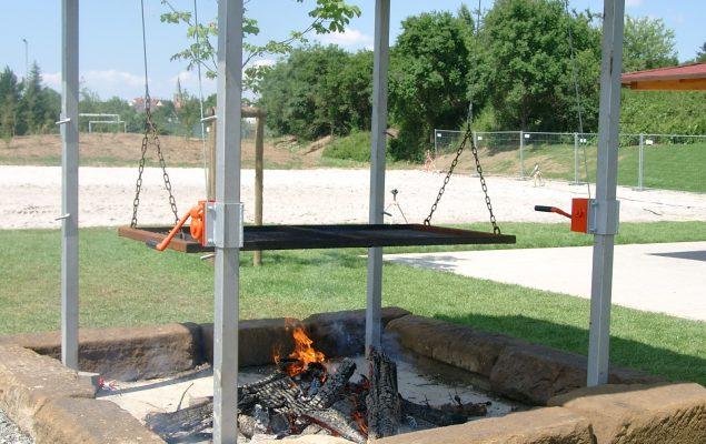 Sonderangefertigte Bausätze für Grillstellen